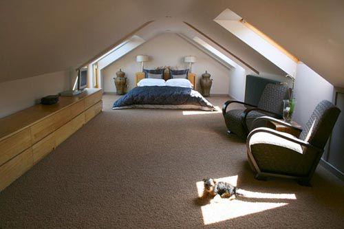 fotografia decoracion atico dormitorio tiene mucho espacio