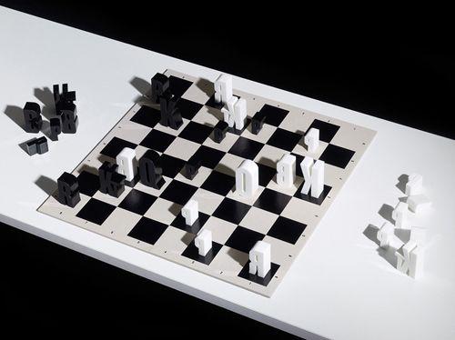 typographic chess set ajedrez tipografia hat-trick design