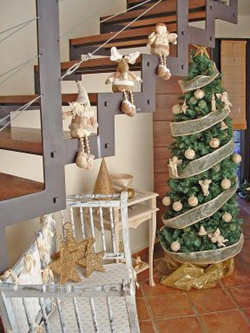 composicion decoracion navidad marron
