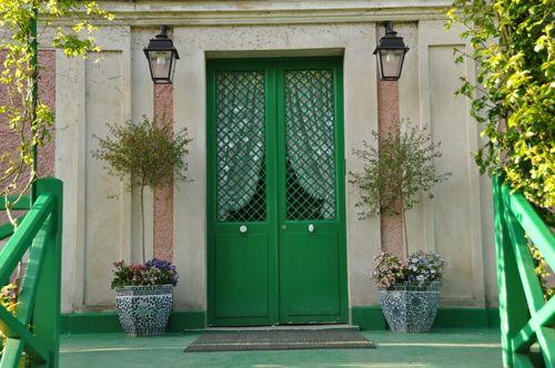 entrada puerta verde giverny-impression.com