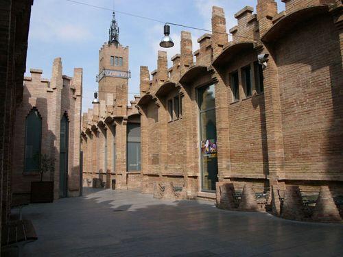 caixaforum barcelona fachada fabrica textil wikipedia