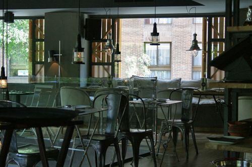 interior bar restaurante whitby madrid listae.com