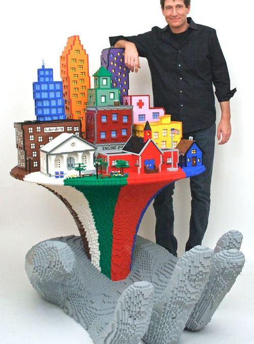 Nathan Sawaya, escultura realista con Lego