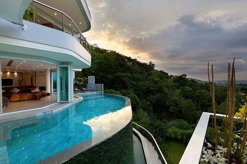 Villa Beyond con piscina de borde infinito