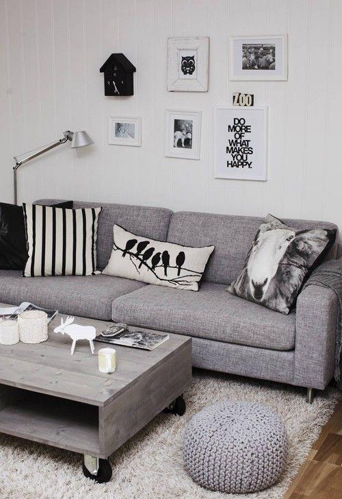 mesa auxiliar de estilo escandinavo
