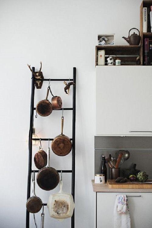 escalera antigua para la cocina