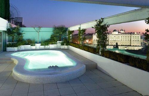 Terraza con piscina y vistas