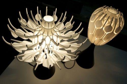Bloom-lampara-de-mesa-por-impresion-3D-5