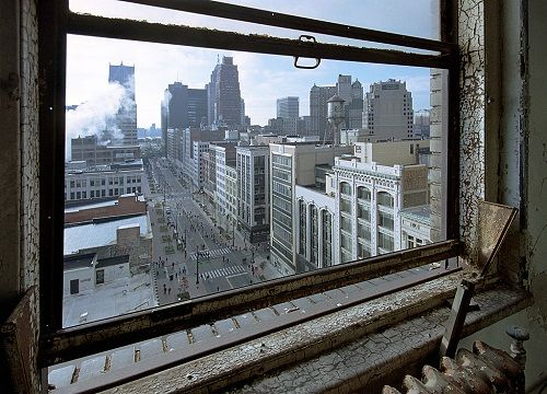 Yves Marchand, Romain Meffre The Ruins of Detroit .