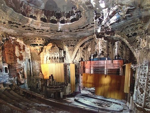 Yves Marchand, Romain Meffre The Ruins of Detroit 4