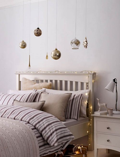 Christmas-Lights-in-Bedroom-21-1-Kindesign