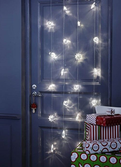 Christmas-Lights-in-Bedroom-25-1-Kindesign