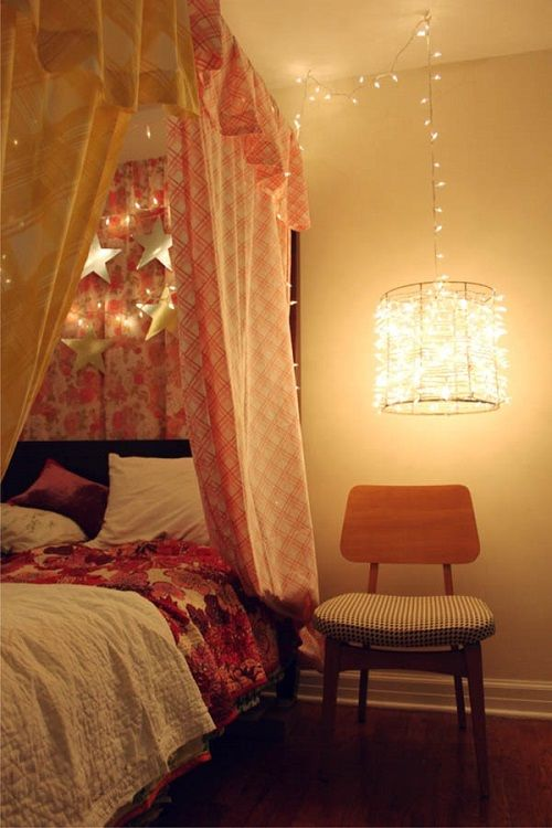 Christmas-Lights-in-Bedroom-61-1-Kindesign