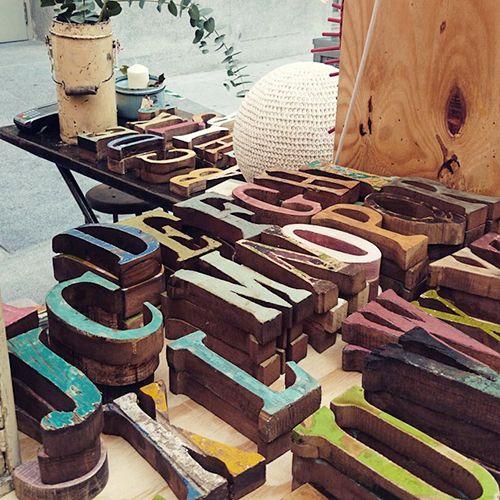 letras madera reciclada calma chechu