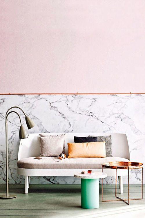 pared marmol blanco tendencia interiorismo decoracion salon