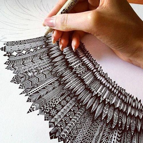 zentangle dibujo mano tinta papel blanco y negro arte relajacion