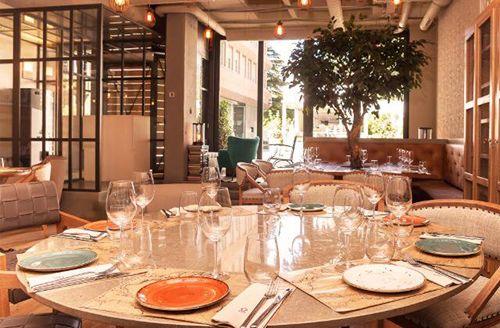 decoracion arbol marieta madrid restaurante bar