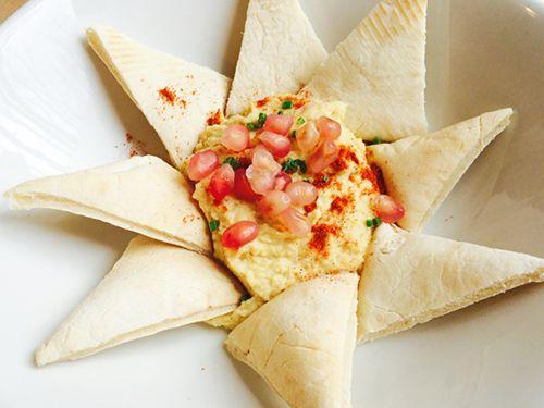 hummus con granada bon vivant madrid chueca bistrot cafeteria