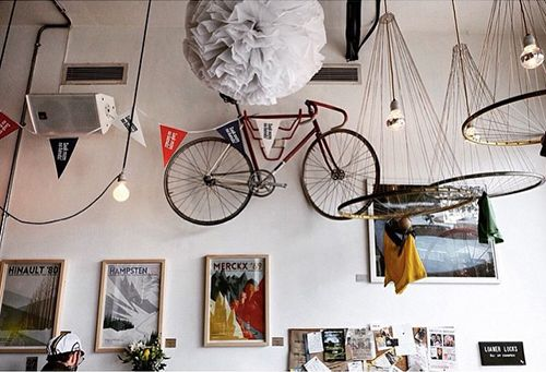 decoracion ciclismo workshop cafeteria londres look mum no hands