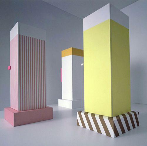 columnas colores rosa blanco amarillo