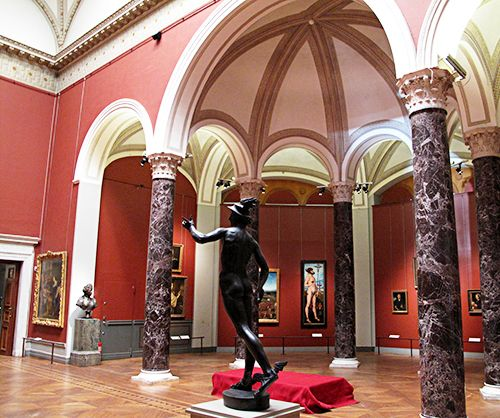 museo nacional estocolmo interior arte suecia