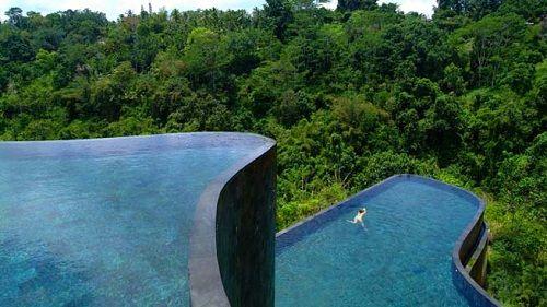 piscina de varios niveles