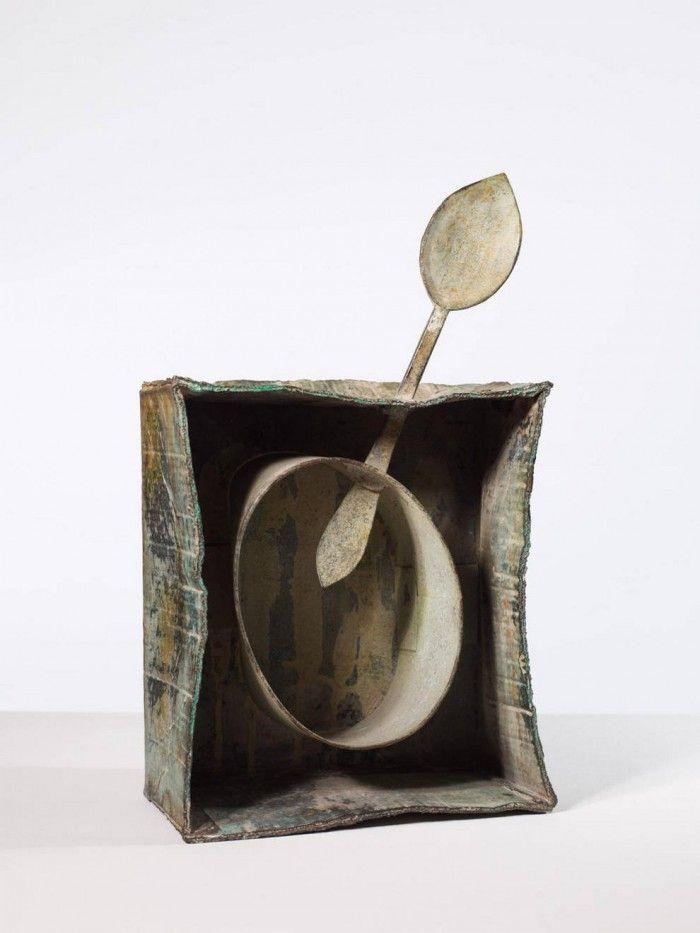 escultura bronce joan escultura caja cuchara bronce miro y el objeto caixaforum