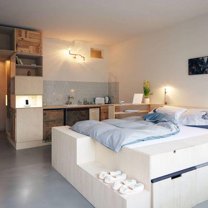 Dormitorio estudio materiales reciclados