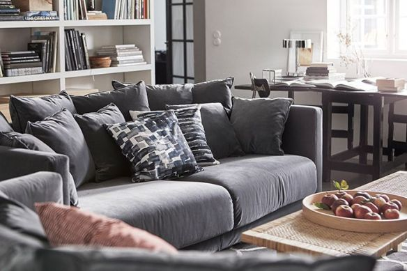 sofa gris cojines ikea stockholm
