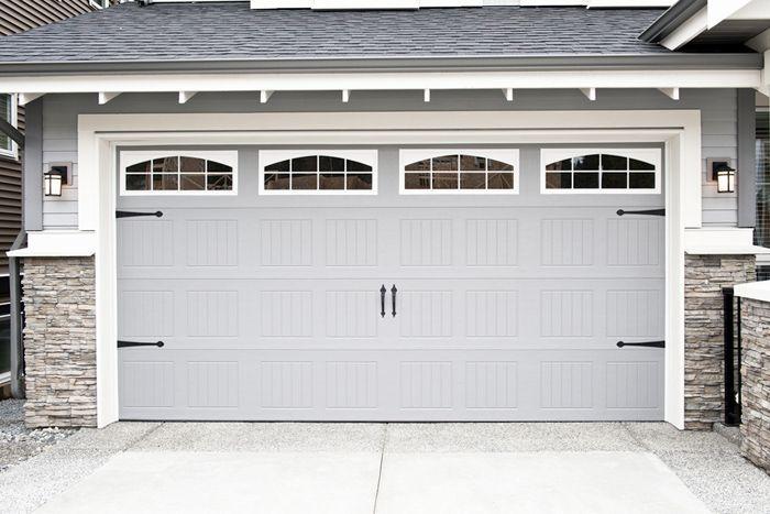 puerta grande automatica de garaje