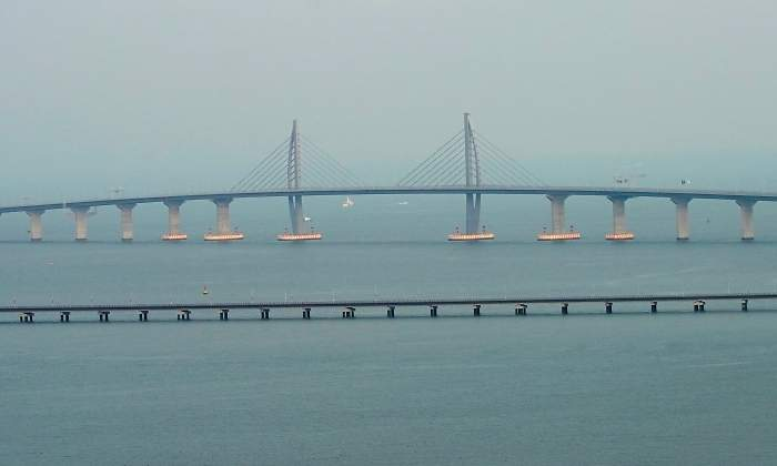 Inauguran el puente marítimo más largo del mundo en China