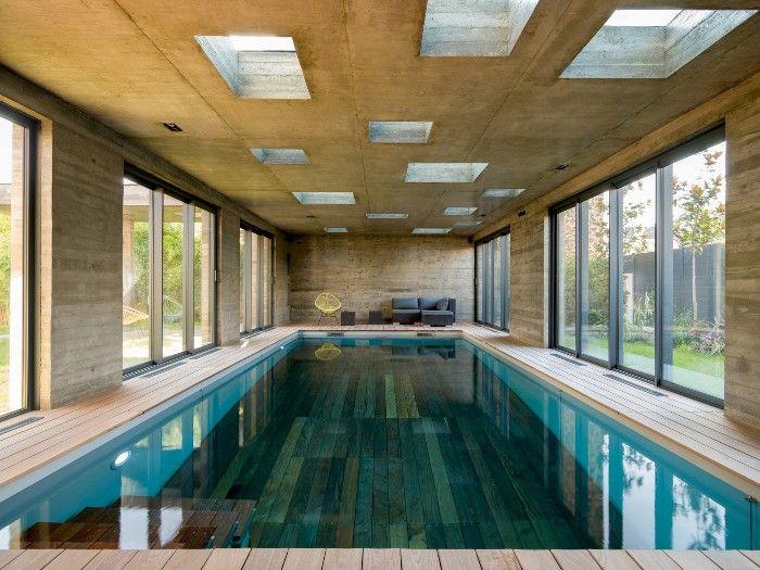 Piscina interior madera