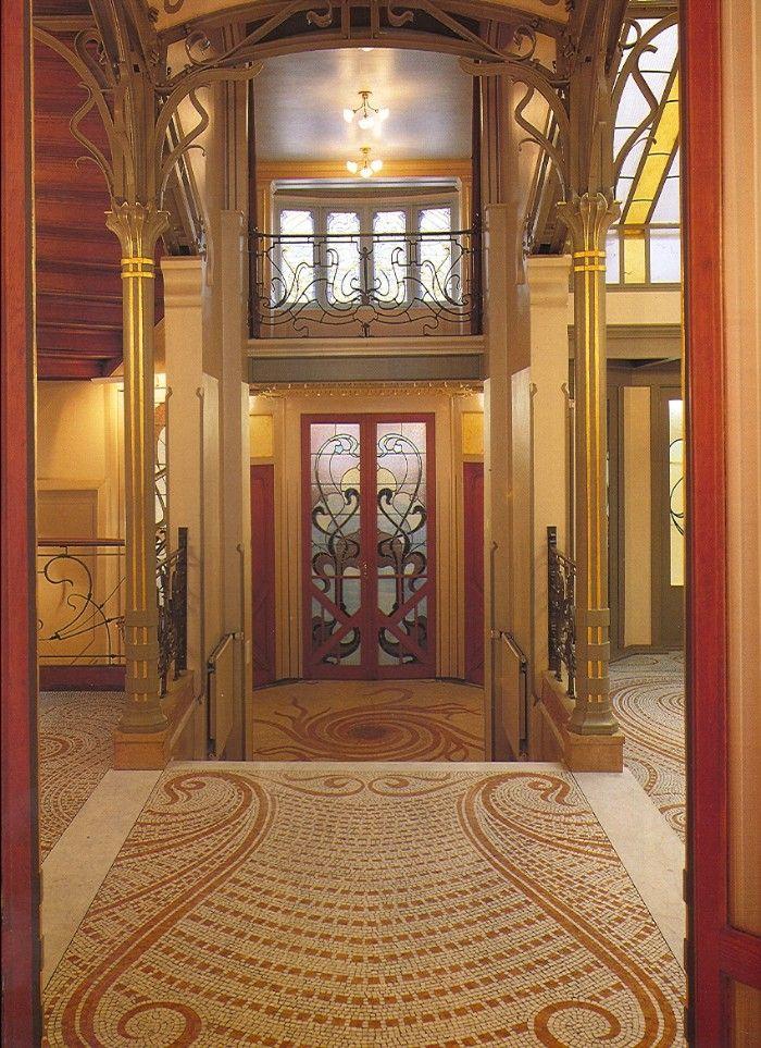 hall hotel tassel victor horta