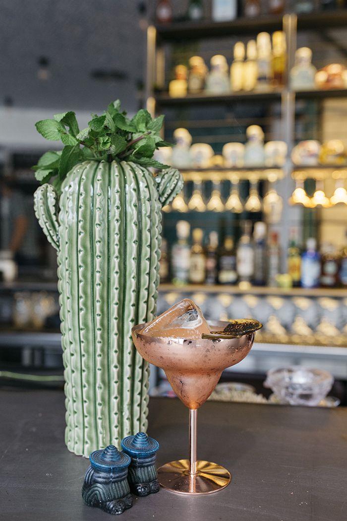 coctel con cactus ceramica