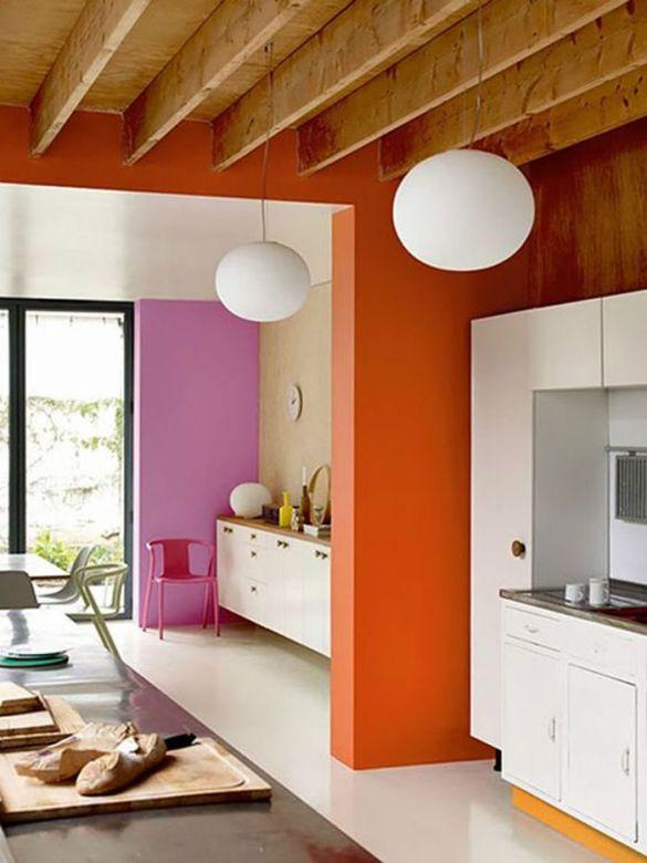 columnas naranja y rosa