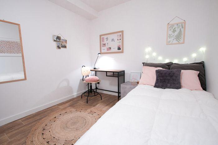 dormitorio estudiante rosa y blanco