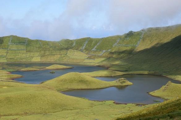 isla de corvo volcan