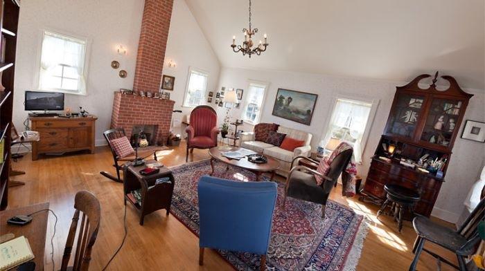 Interior de la casa colgada de EEUU