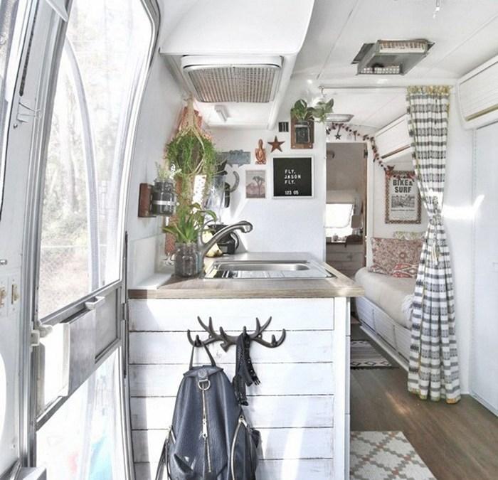 10 interiores de furgonetas camperizadas (vans) que te van a sorprender
