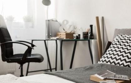 oficina en dormitorio
