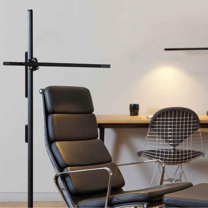 Lámpara de trabajo y de diseño Dyson