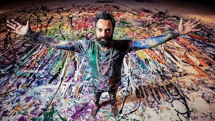Sacha Jafri crea el lienzo más grande del mundo con pintura donada por AkzoNobel