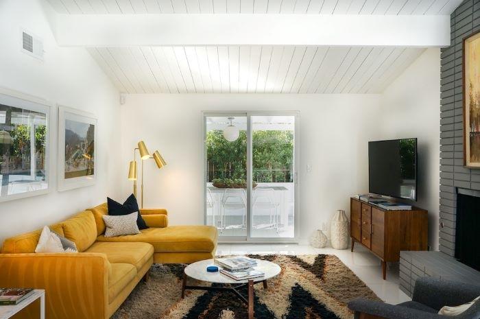 Incorpora los colores Pantone 2021 'Ultimate Grey' e 'Illuminating' en tu hogar