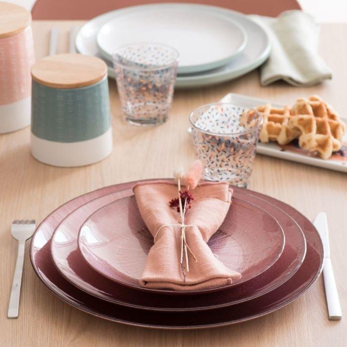 Lote de platos llanos elegantes para tu cena de Navidad
