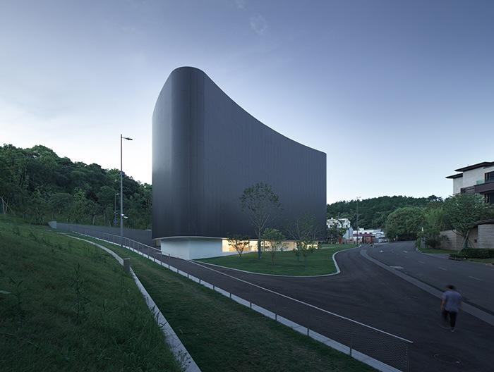 Ganador concurso arquitectónico ArchDaily 2021 vista lateral museo