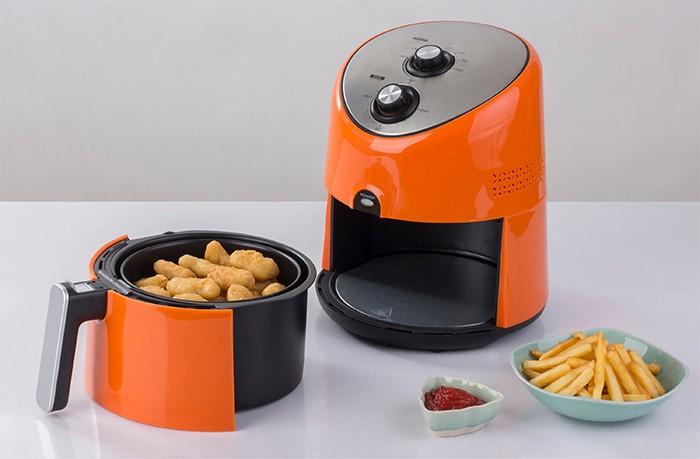 freidora de aire o air fryer de cocina