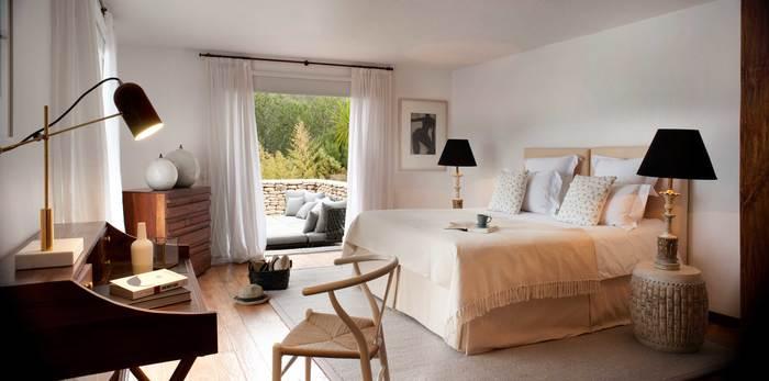 dormitorio estilo ibicenco proyecto villa Can Bikini