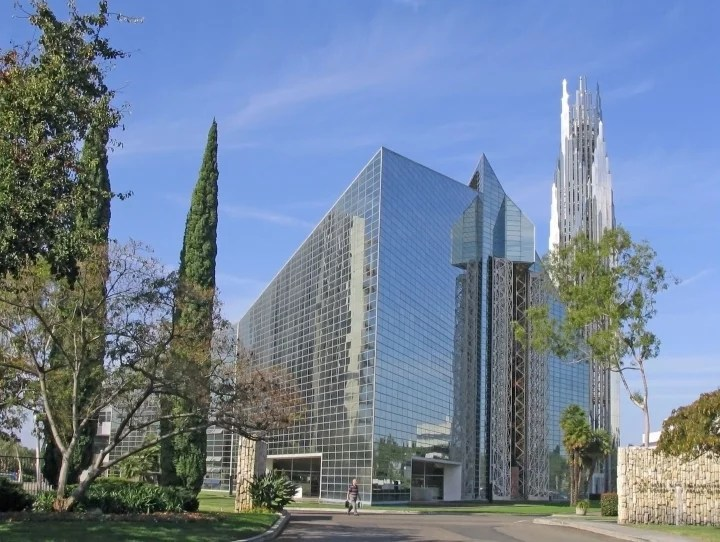 crystal cathedral philip johnson