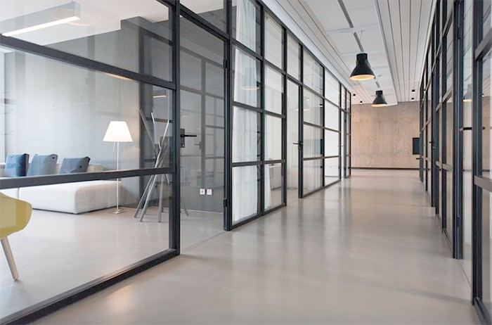 ¿Por qué es tan importante tener espacios colaborativos en la oficina?