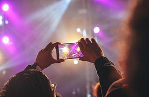 ¿Cómo ha evolucionado el entretenimiento en las últimas  décadas?